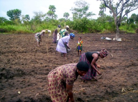ladies farming